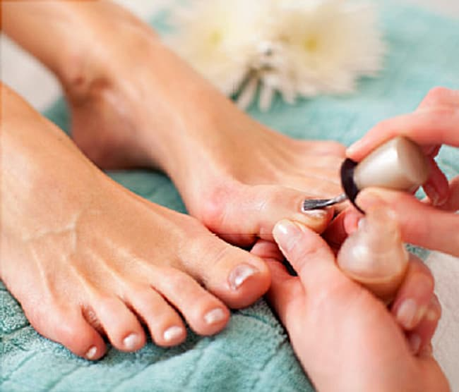 Pedicure Video: Tips to Avoid Nail Salon Infections